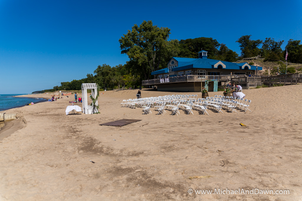 picture of beach side wedding