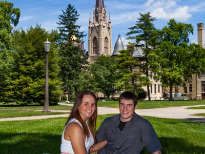 engagment session at the University of Notre Dame
